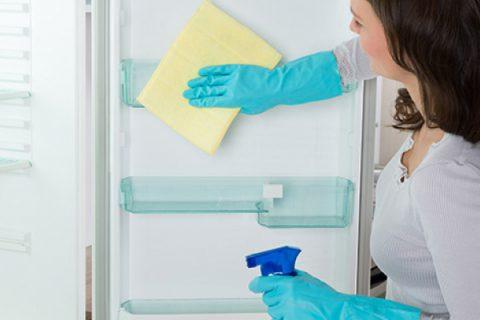 Mycie lodówki, czyli jak dbać i czym myć lodówkę?